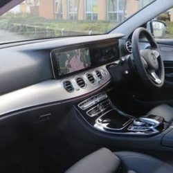 Mercedes class 220 se Saloon - PCO car hire UBER