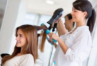 Beautiqe Salon zona Harringay angajeaza frizerita si beautician/manicure