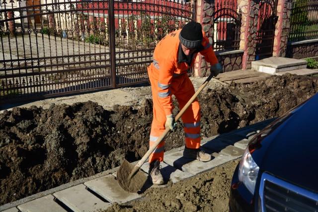 Caut Labourer montat Geamuri Termopan