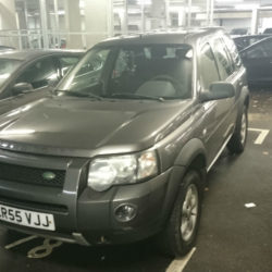 Caut platforma Land Rover - Romford Craiova