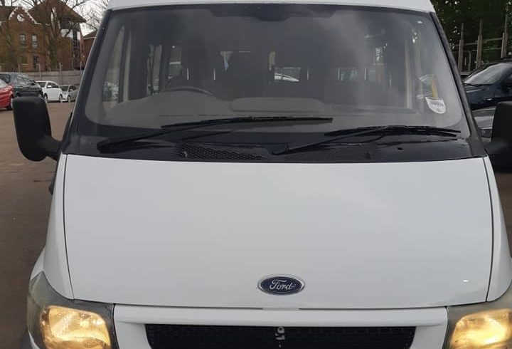 Vand auto Ford tranzit 2.4 turbo diesel Londra