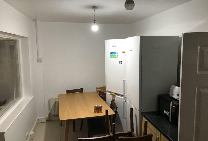 Camera dubla de inchiriat - Dagenham RM10