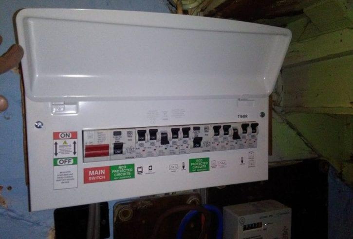 Execut instalatii electrice