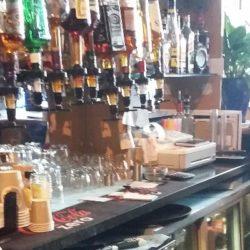 Caut fata pentru Bar