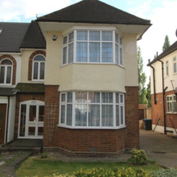 5 double bedroom semi-detached house to rent