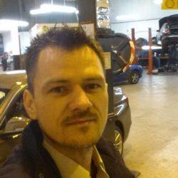 Cautam Mecanic auto - Wembley