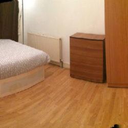 Chirie Camera dubla - Newham