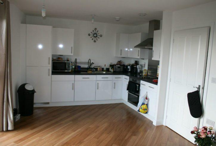 Apartament 3 camere (2 dormitoare + living) Academy Way - Dagenham RM8