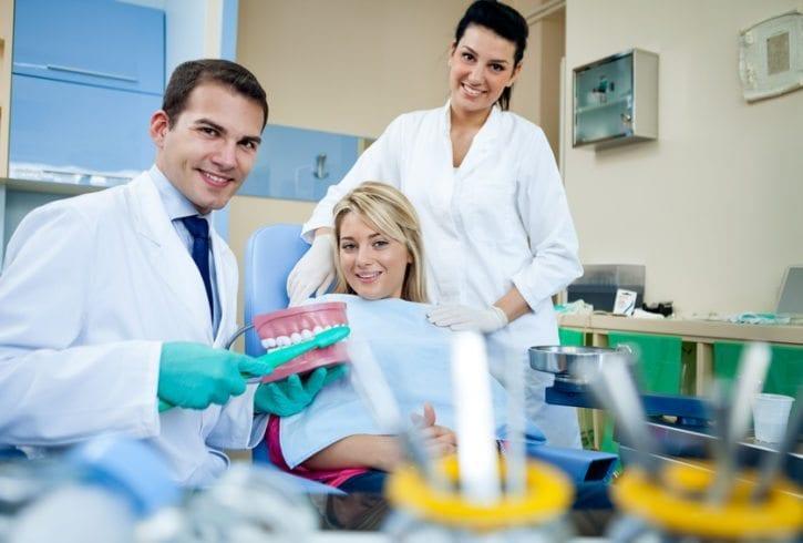 Curs asistenta dentara - Nu e nevoie de experienta sau calificari