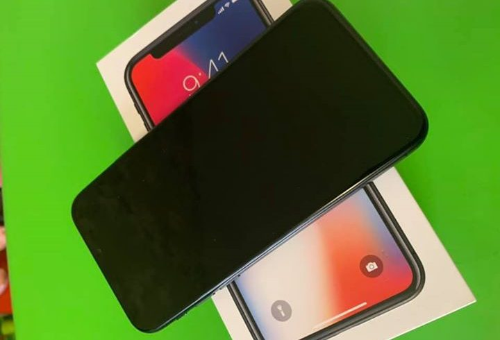 For sale iPhone X 64GB Space Gray Neverlocked - Grimsby UK
